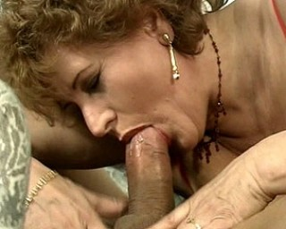 this mature slut loves the cock