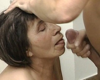 Mature housecleaner getting fucked