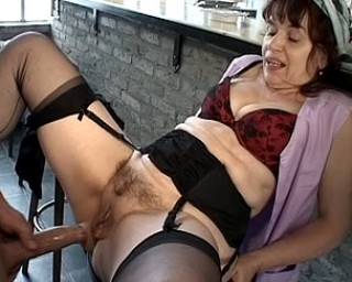 FakeHospital Sexy cleaning lady gets down and dirty with